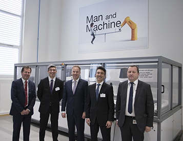 Stäubli and Schneider Electric sign partnership to integrate robotics