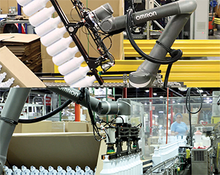 Collaborative robot improves handling of plastic containers